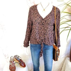 Anthropologie Cloth & Stone leopard print shirt
